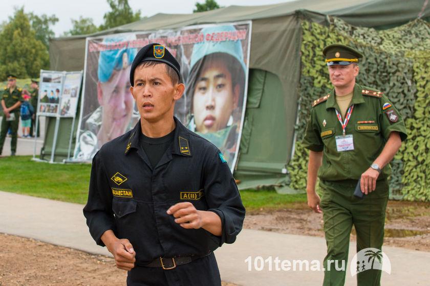 Tanks_Biathlon-2014_Nikon_D800E_101tema.ru_Filberd_DOK_5782_Faces