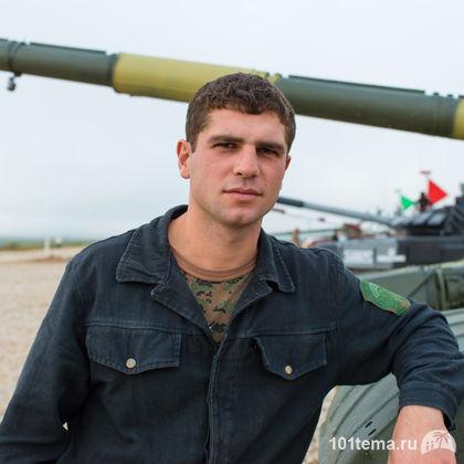 Nikkor_35-1.8G_Nikon_D800E_Tanks_Biathlon-2014_101tema.ru_Filberd_DOK_5325