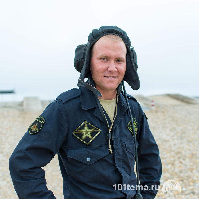 Nikkor_35-1.8G_Nikon_D800E_Tanks_Biathlon-2014_101tema.ru_Filberd_DOK_5372