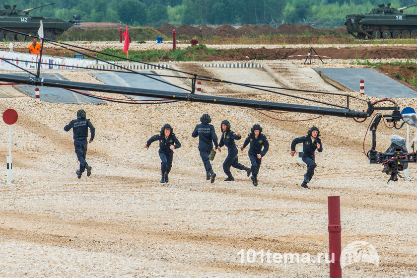 Tanks_Biathlon-2014_Nikon_D800E_101tema.ru_Filberd_DOK_5629