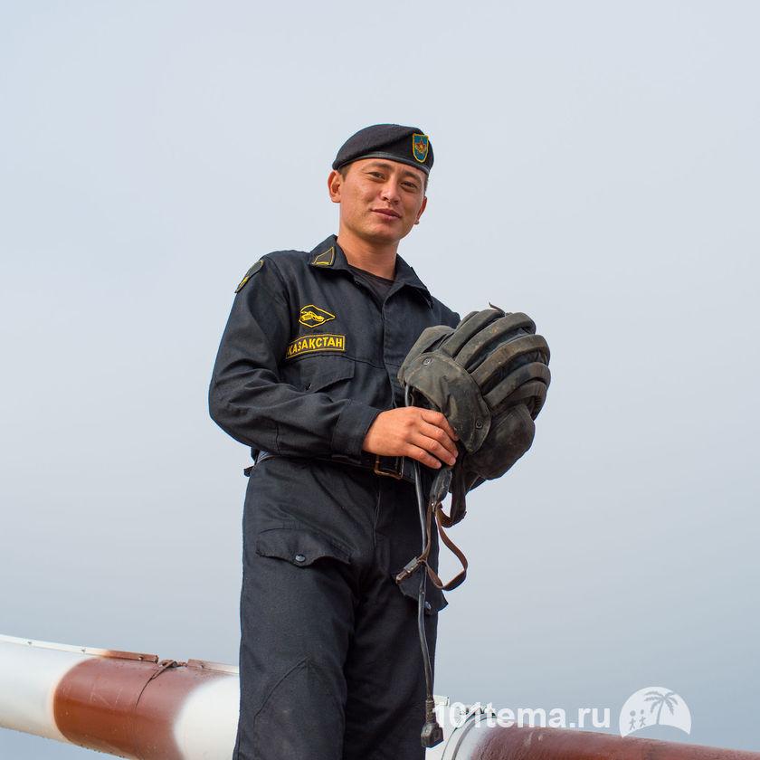 Nikkor_35-1.8G_Nikon_D800E_Tanks_Biathlon-2014_101tema.ru_Filberd_DOK_5308