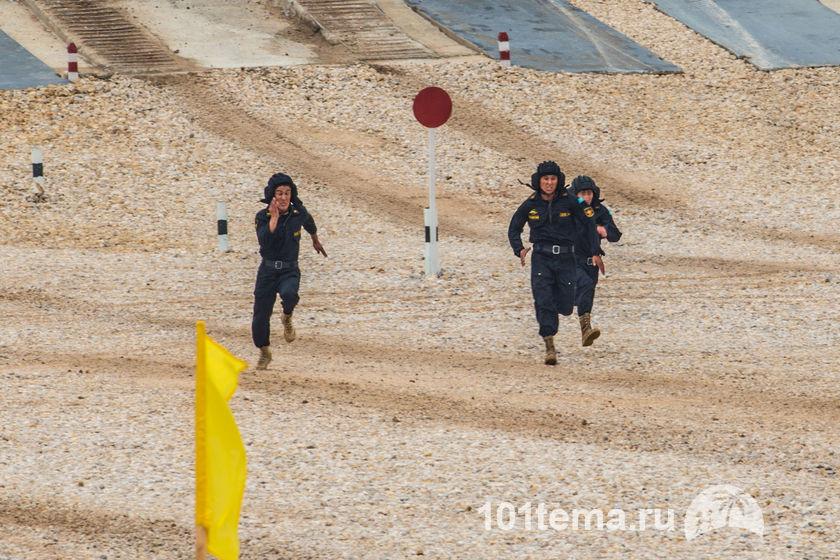 Tanks_Biathlon-2014_Nikon_D800E_101tema.ru_Filberd_DOK_5542