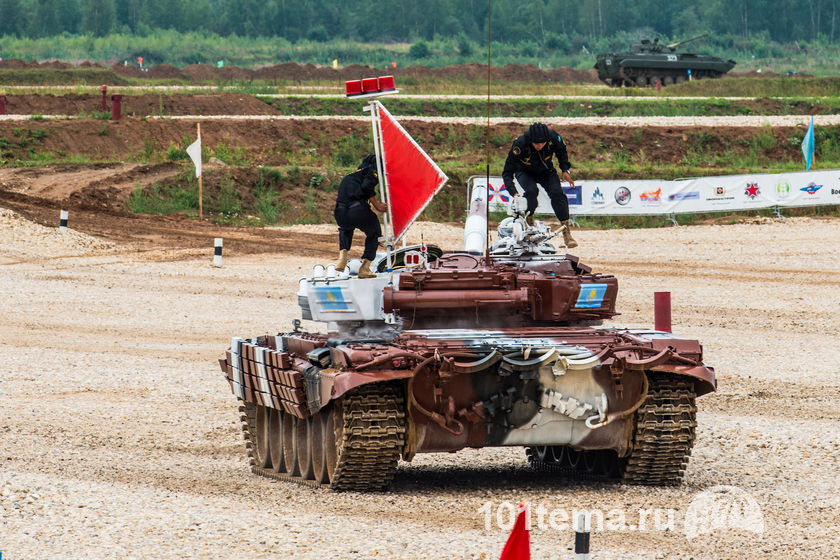 Tanks_Biathlon-2014_Nikon_D800E_101tema.ru_Filberd_DOK_5546