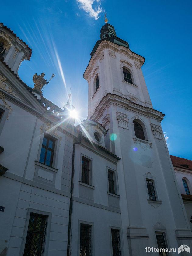 Prague-2015_Panasonic-GF7_101tema.ru_Marisha_Filberd_P1030644_Lumix-G-Lens-H-FS12032