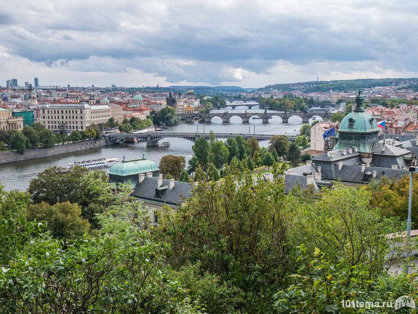 Prague-2015_Panasonic-GF7_101tema.ru_Marisha_Filberd_P1030814_Lumix-G-Lens-H-FS12032