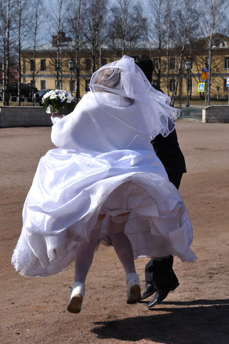 Gatchina_Wedding_Jump_2.jpg