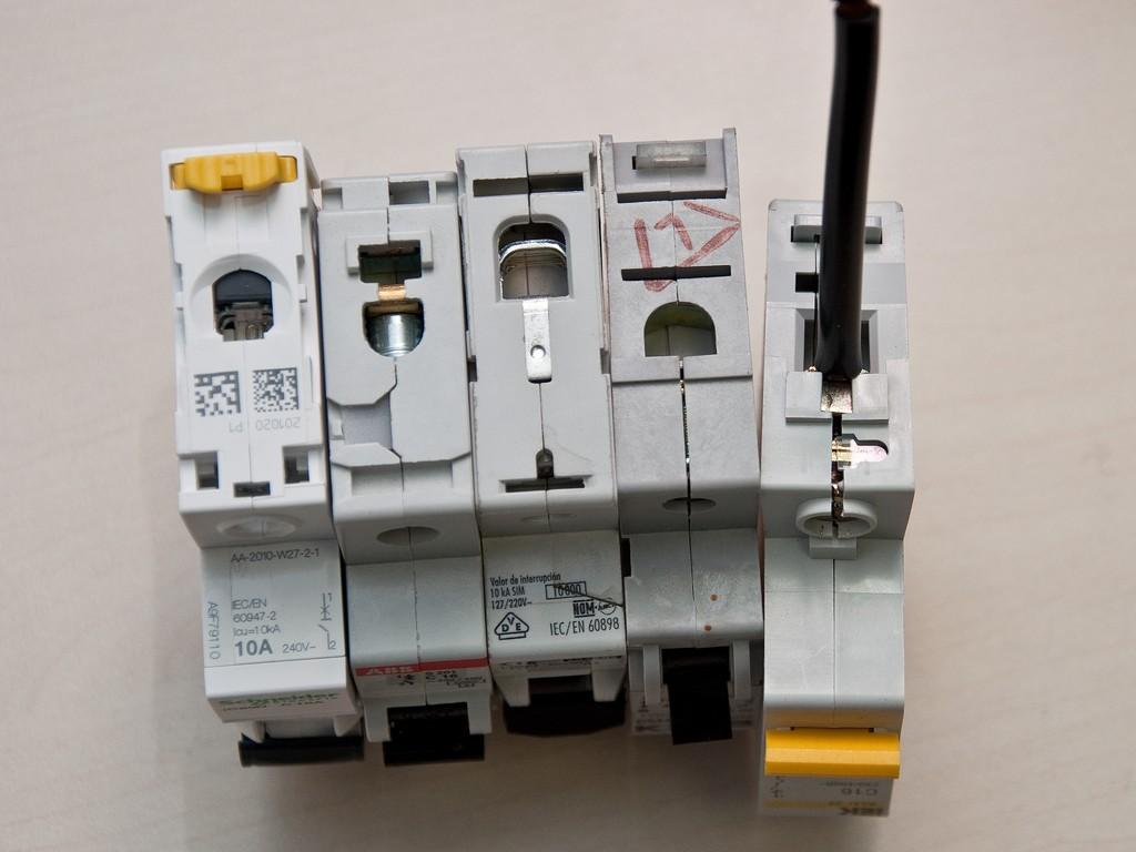 Schneider_Electric_Acti9_DSC_4688