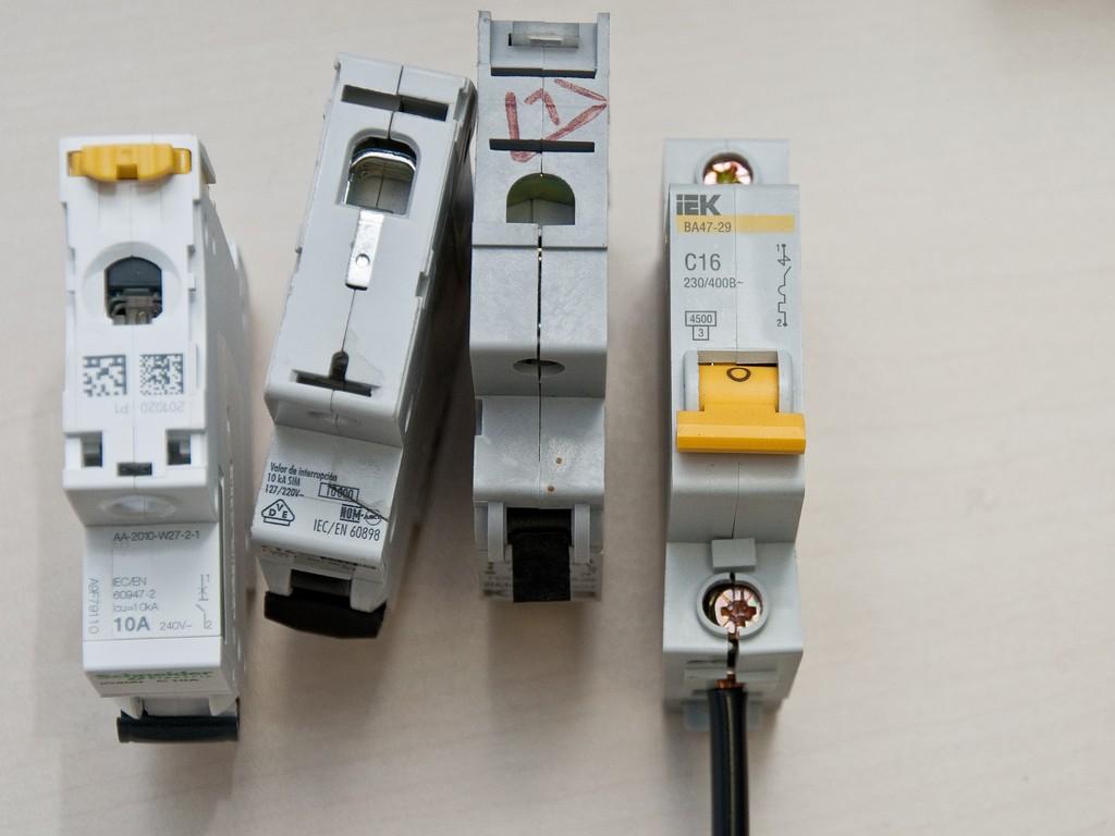 Schneider_Electric_Acti9_DSC_4689
