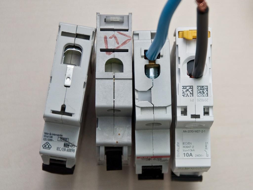 Schneider_Electric_Acti9_DSC_4696