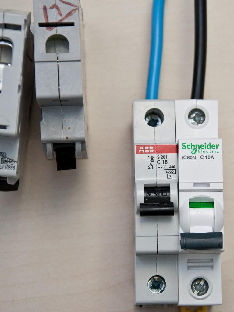 Schneider_Electric_Acti9_DSC_4698