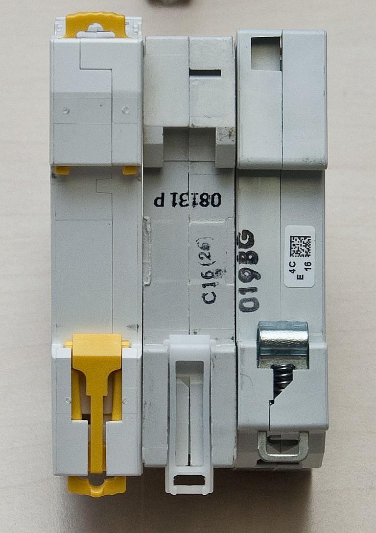 Schneider_Electric_Acti9_DSC_4703