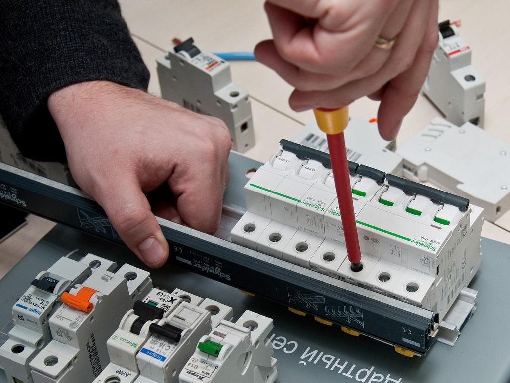 Schneider_Electric_Acti9_DSC_4727