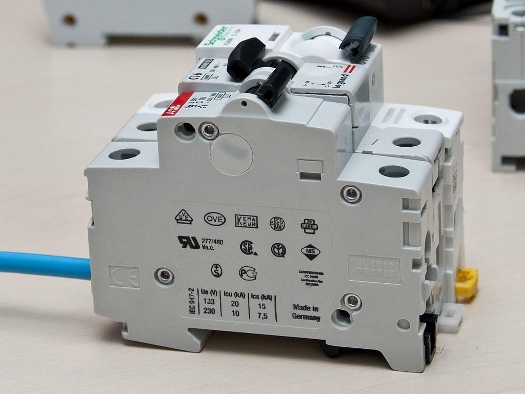 Schneider_Electric_Acti9_DSC_4705