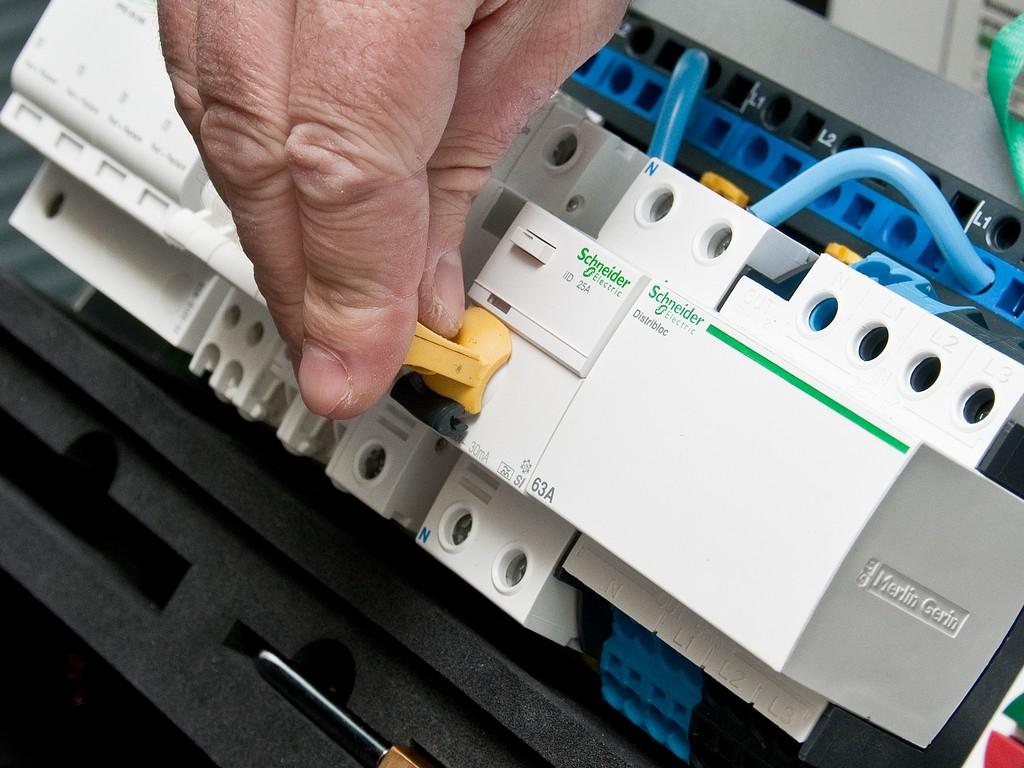 Schneider_Electric_Acti9_DSC_4738
