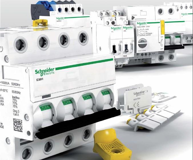 Schneider_Electric_Acti9_5